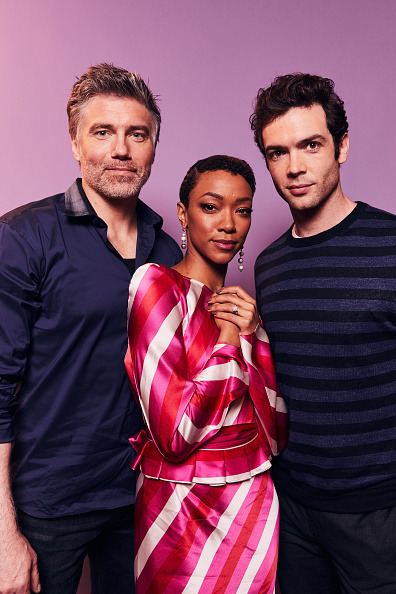 Anson Mount, Sonequa Martin-Green, and Ethan … – Star Trek