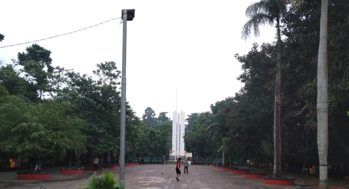 Plaza-Tugu-Karawang-Bekasi