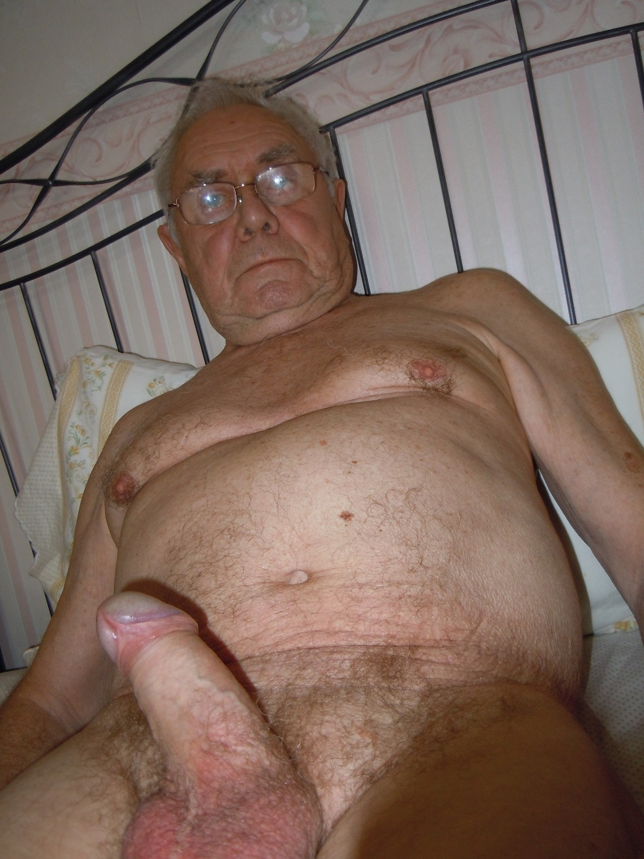 Pics older mens penis gay while riding that 6