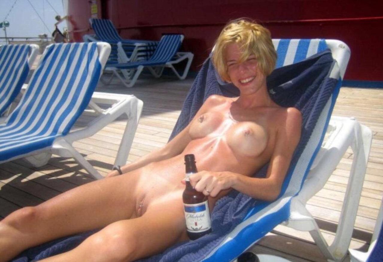 On cruise girls nude