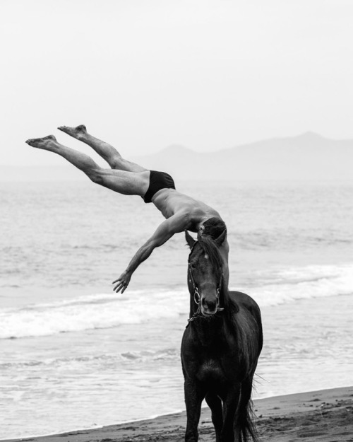 Me and a horse @jtardley by @vicroberto 1