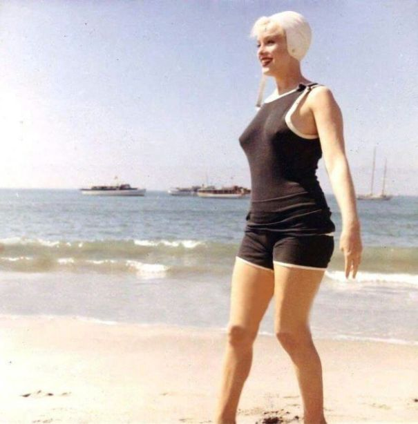 2182e6843a 30 candid photographs of Marilyn Monroe in black swimsuit from ...