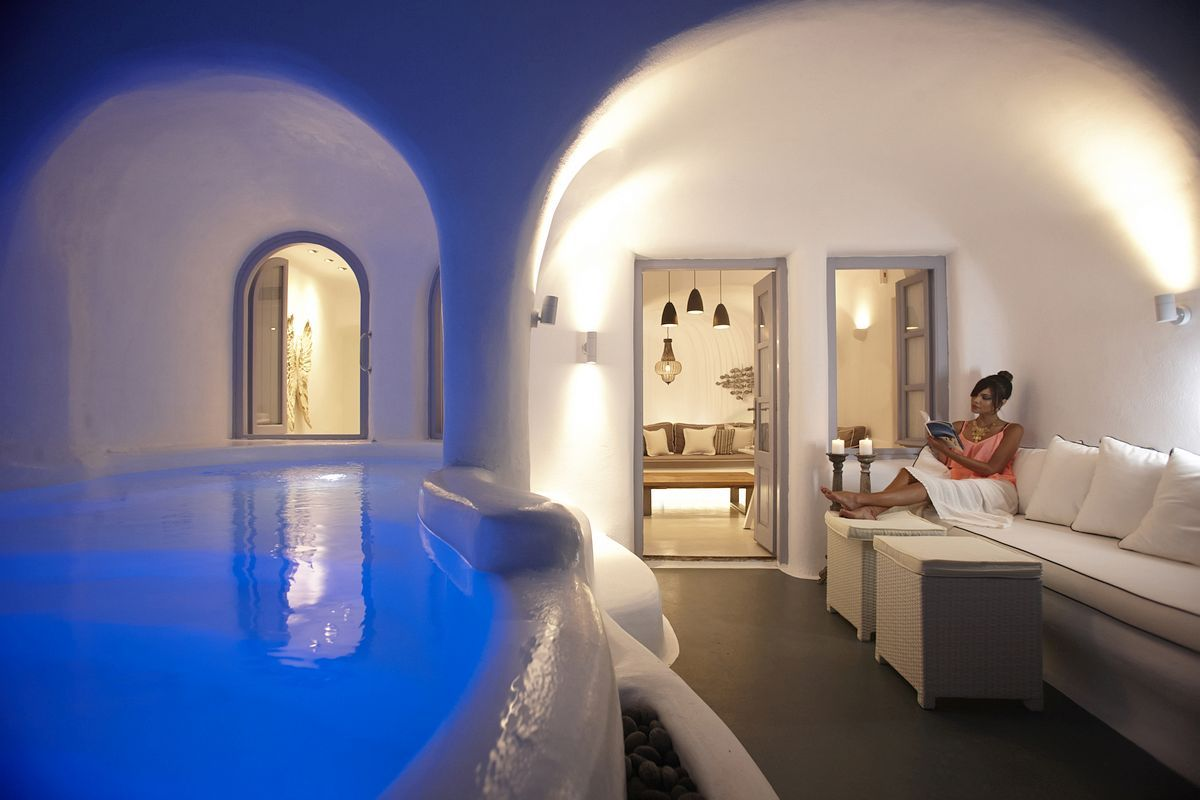 Dana Villas Santorini Greece Nestled On The Luxury Accommodations