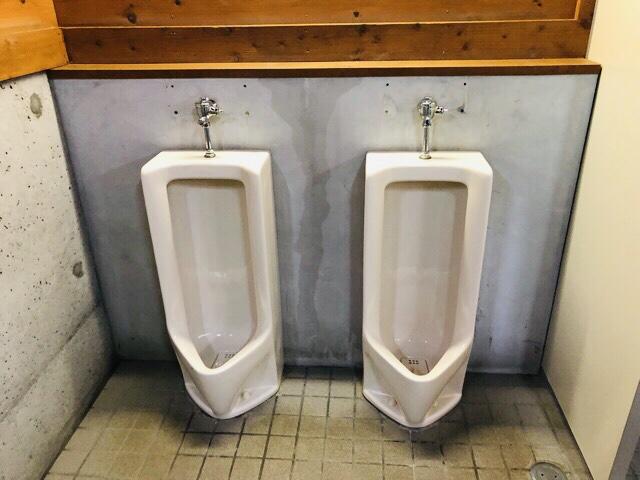 早川町オートキャンプ場トイレ