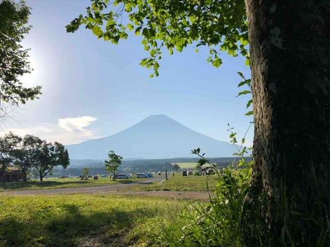 ふもっとっぱらからの富士山