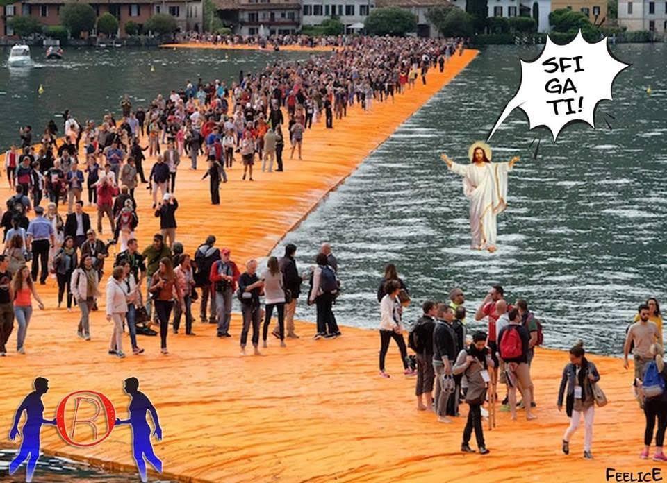 C'è chi da mò cammina sull'acqua….e senza passerella Cristo senza H Cheyenne- GOOOD MORNING VIETNAAAM