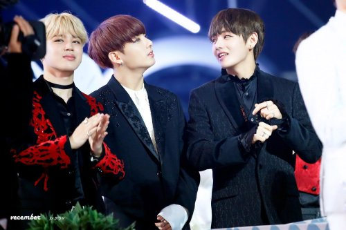 """ © VECEMBER 