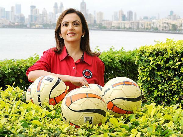 Nita Ambani playing water polo.