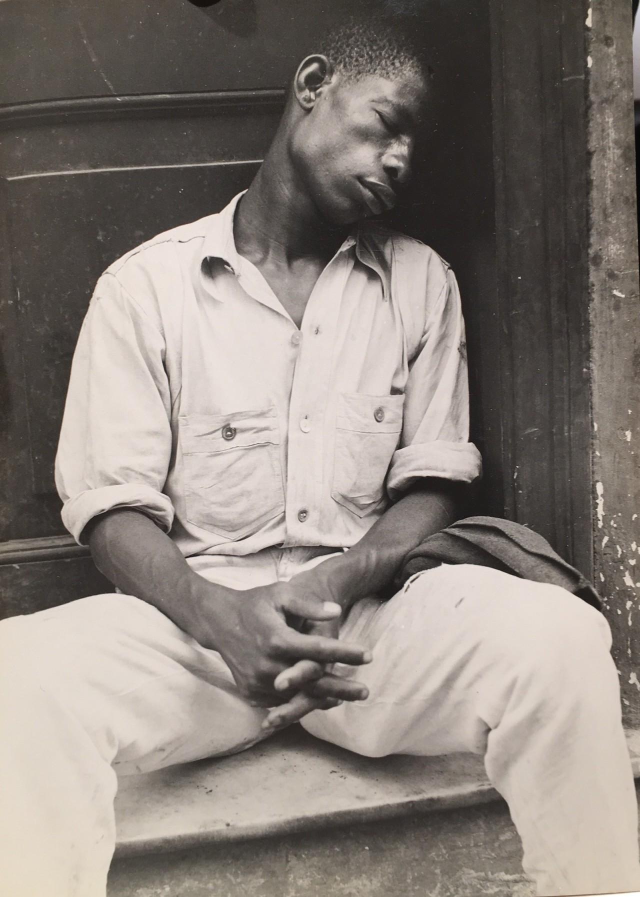 WalkerEvans- Man Asleep On A Stoop -Havana Cuba ,1933