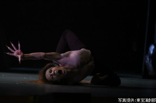 新上裕也さん 出典:ミュージカル『ダンス・オブ・ヴァンパイア』観劇レポート 感激観劇レポ|おけぴネット