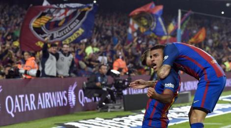 Gol Tunggal Rafinha Loloskan Barcelona Atas Granada