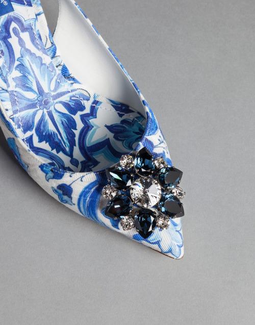 "tinamotta: "" Dolce & Gabbana , blue majolica print slingback bellucci court shoes. Source : tinamotta.tumblr.com """