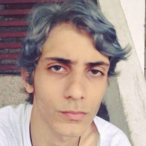 A cara de bunda é pela calça manchada (at São Paulo, Brazil)