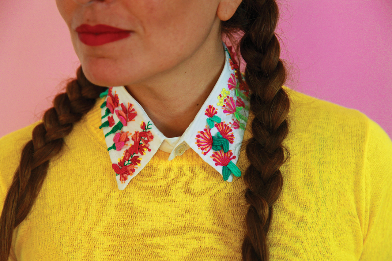 Spanish Charm. We found Loly Ghirardi's work on a blog and just loved her hand-embroidered collars. Follow her tips and make this one that she designed especially for us. Loly Ghirardi is an argentinian who has lived in Barcelona for the past 15...