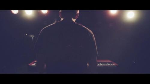 London based singer songwriter, Lorne has recently released a live music video for his song Oil and Water! The sentimental track showcases how multitalented Lorne is as a musician, and leads me to believe that with an EP being released this fall,...