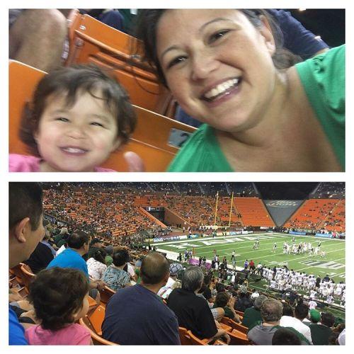 Emma's first football game! #LetsGoBows (at Aloha Stadium)
