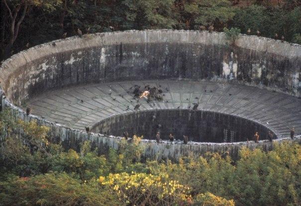Parsi Tower Of Silence Bombay Via Reddit History