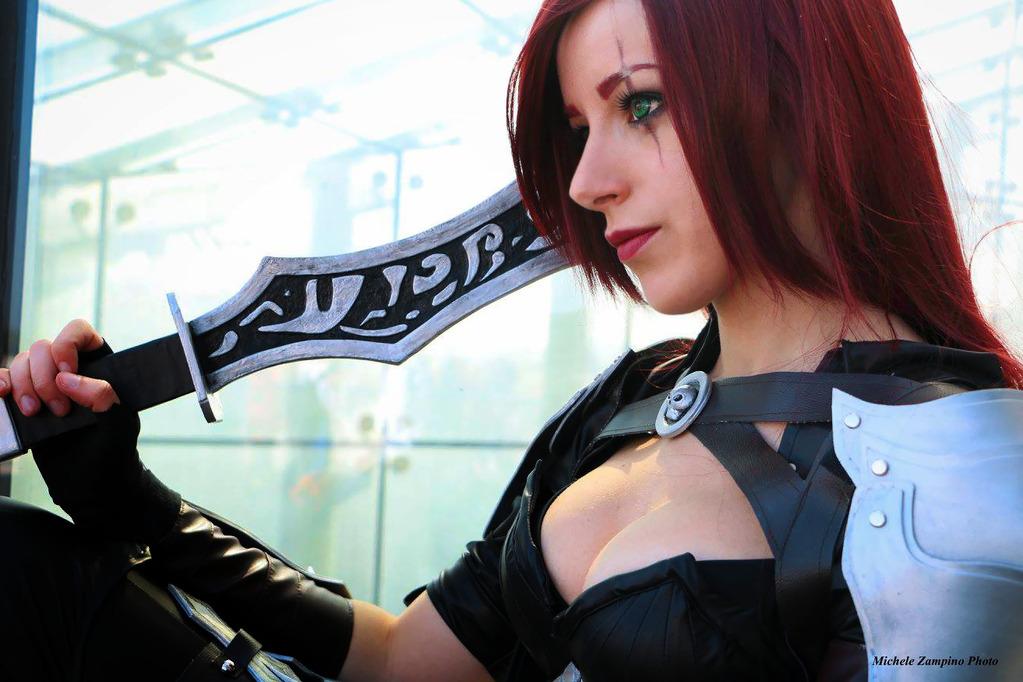 Katarina Cosplay by NoxBladeCosplay  More Hot Cosplay: http://hotcosplaychicks.tumblr.com Get Exclusive Content: https://www.patreon.com/hotcosplaychicks