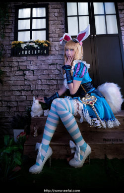 King of Insecticide Cosplay 07 by eefai  Check out http://hotcosplaychicks.tumblr.com for more awesome cosplay