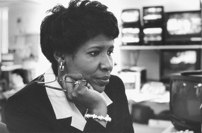 Gwen Ifill, one of the most prominent African-American journalists in the country, has died.. . She was 61. She died after fighting a battle with cancer..