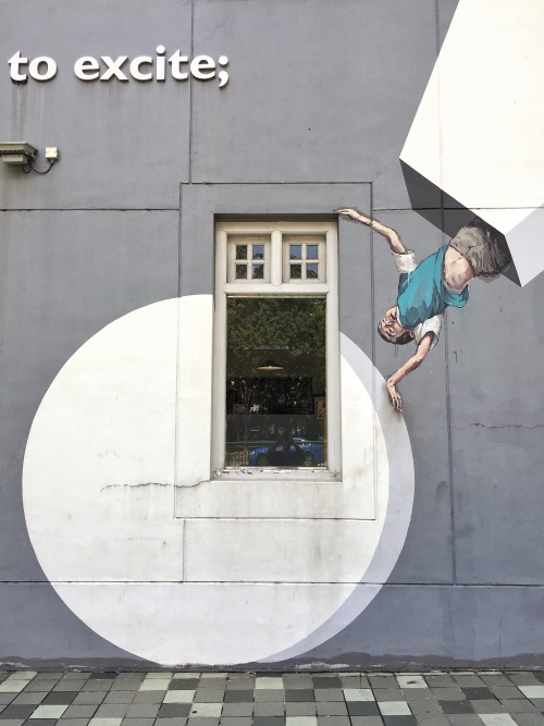 impermanent-art:  Ernest Zacharevic in Singapore.