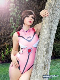 Mari Makinami swimsuit by JillStyler  Check out http://hotcosplaychicks.tumblr.com for more awesome cosplay