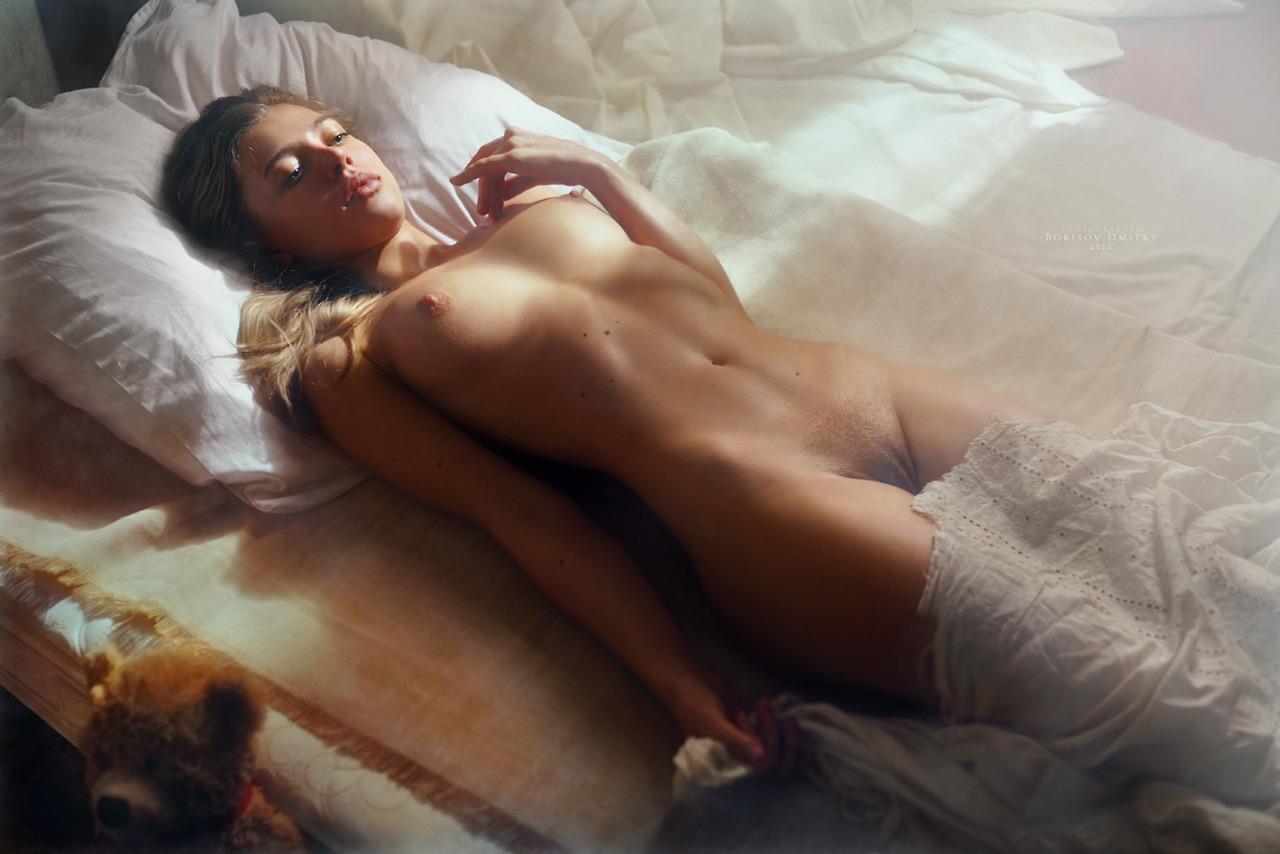 Vederti nuda è come ricordare la Terra. Federico García Lorca (foto Whisper a lullaby - BORISOV DMITRY)
