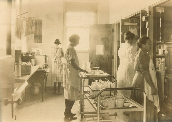 Iowa City Past: Kitchen in Children's Hospital, The ...