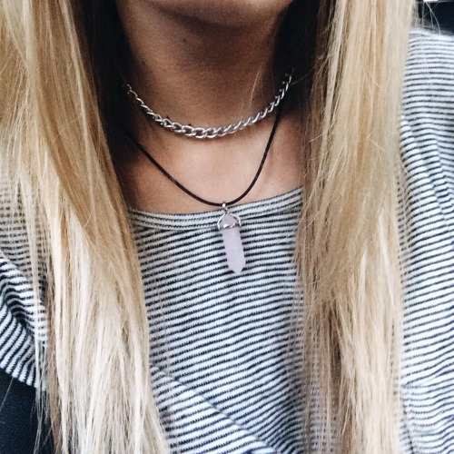$2.21 Get this stylish crystal necklace »here« !