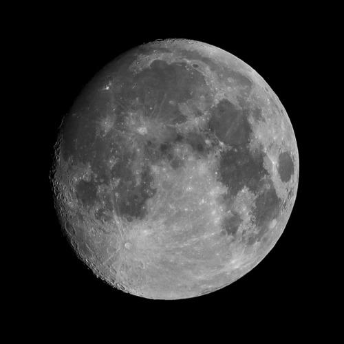 moon photography on Tumblr