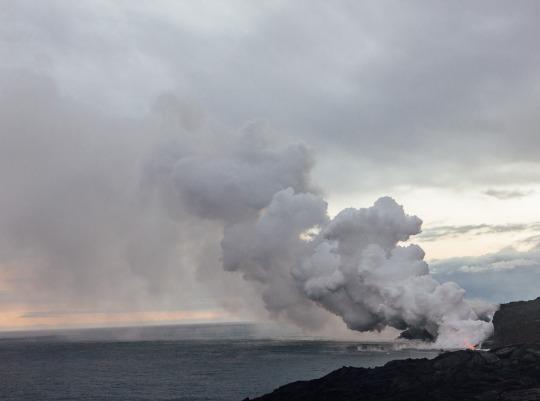 Lava flow sighting in Big Island, Hawaii