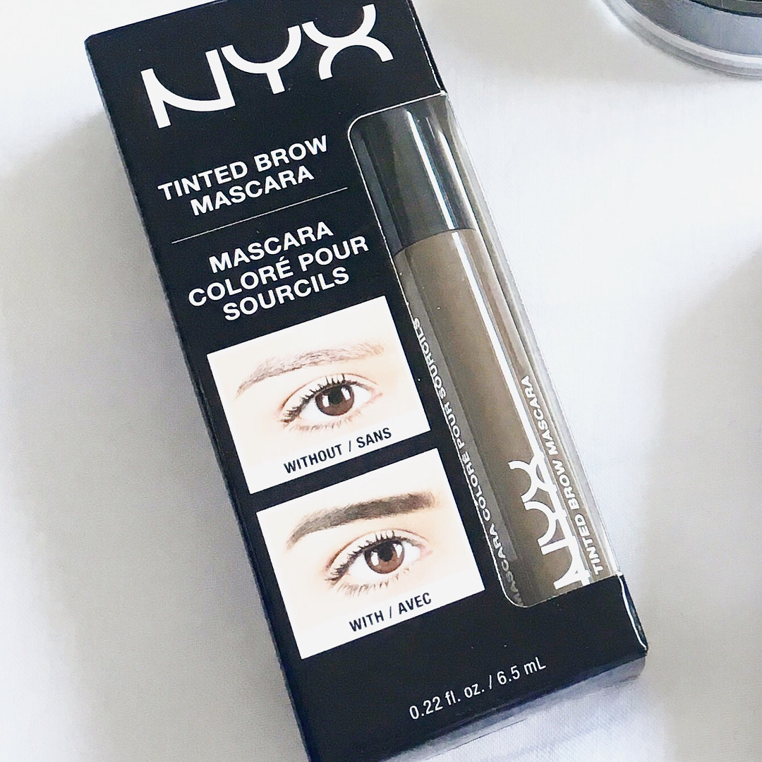 ✨ Review: Nyx Tinted Brow Mascara ✨I cannot fault this brow mascara from @nyxcosmetics ! There is so much product in each tube and the colour is the perfect shade. A perfect dupe for Benefit's Gimme Brow eyebrow gel and for a third of the price at...