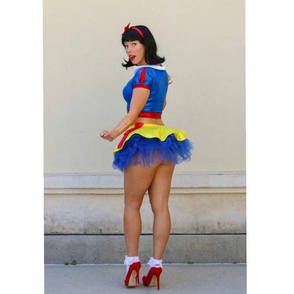 9e93f2a0a33f1 Bootyrella @mnda_rae #disneycosplay #cosplay #cinderellacosplay… – Geek
