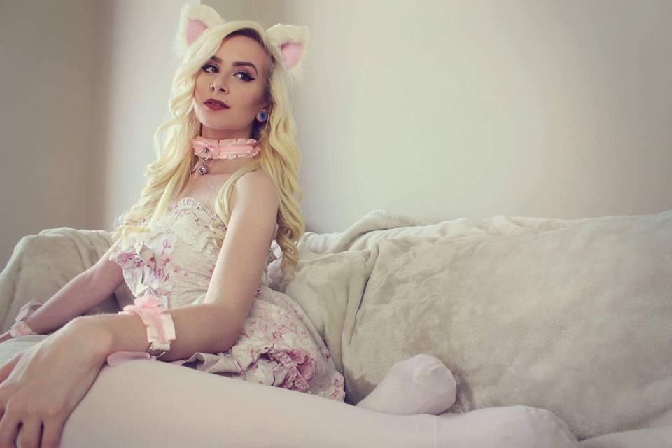 KinkyNyra is a kitten princess