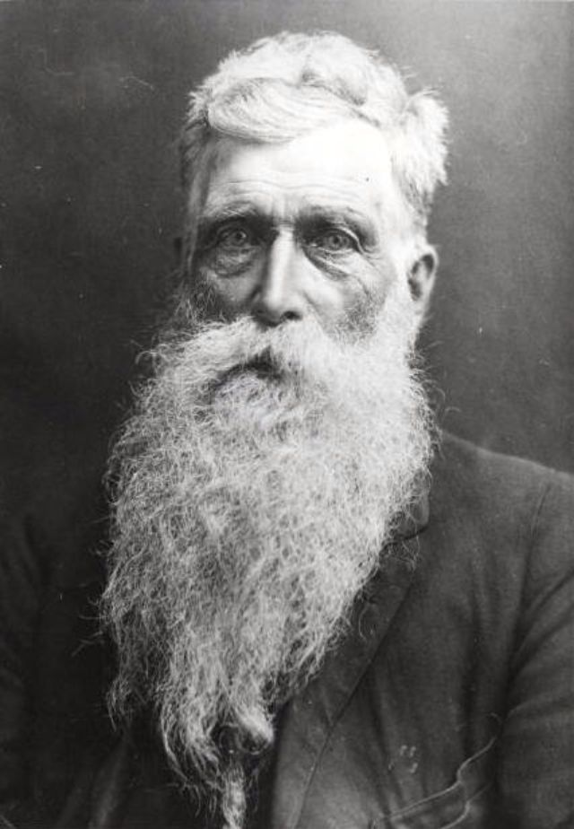 The story of Hans Langseth, the man who had the longest beard in…