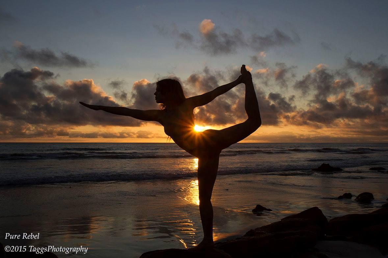 Kristy Jessica Nude Yoga Blacks Beach