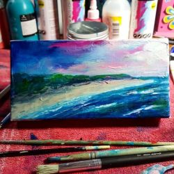 I know, I know, I should be finishing the other one million paintings I've begun! Couldn't resist playing afresh… #studioscenes 💙......#art #artshow #perthpop #perthstagram #colour #artistsofinstagram #paintings #oceanart #waves #acrylicpainting #interiordesign #surf #beachlife #artsy #paintings #oceanart #perthcreatives #inmystudio