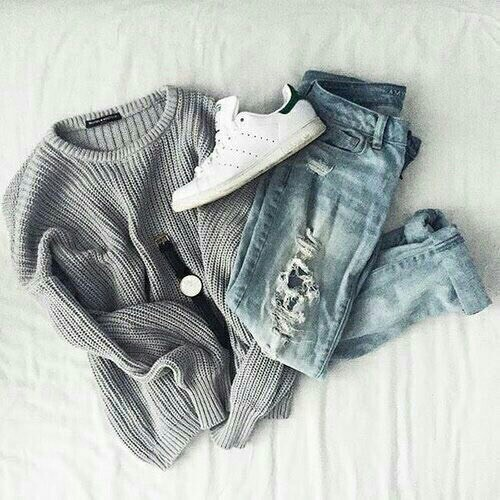 $14.92 Order this grey cozy sweater »here« !