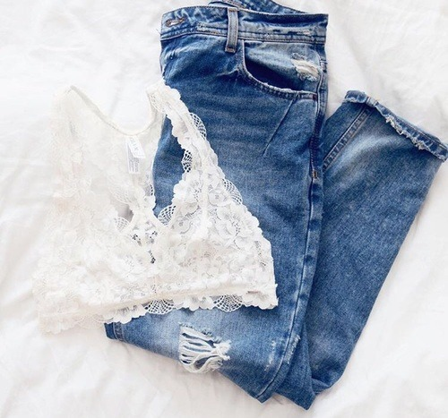 $16.09 Get this ripped jeans »here« !