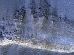 beautifulmars:  Crater with Possible Phyllosilicates in the Terra Cimmeria Highlands