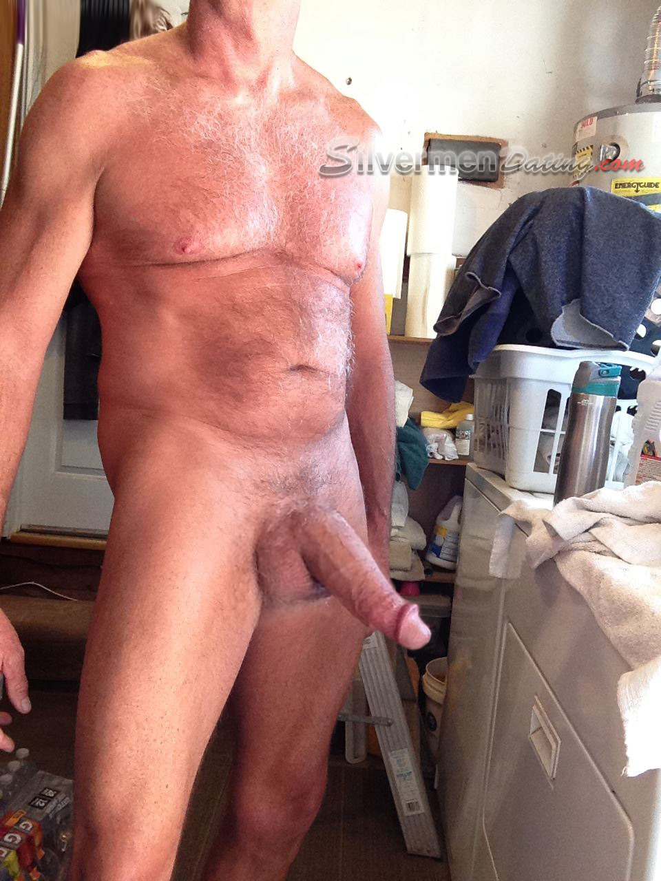 Old man jerking and cumming outside 6