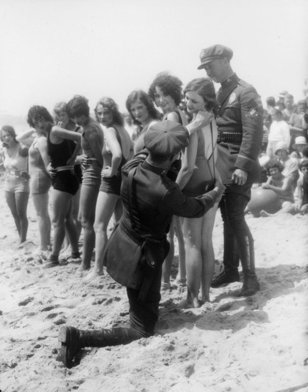 Yesterdaysprint Bathing Suit Censors Venice Beach