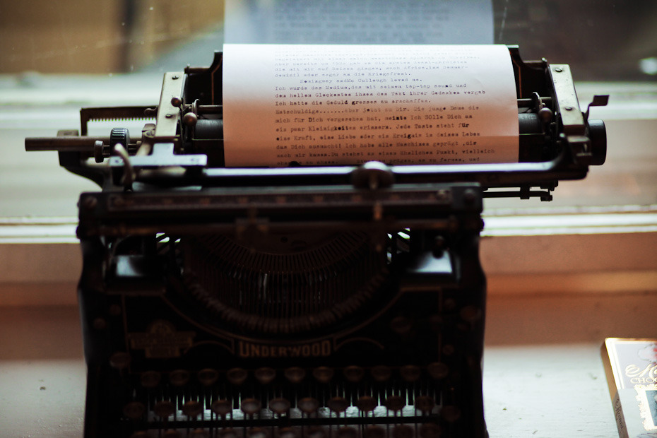 """the-cozy-room:"""" clubmonaco: """" Correspondance has become somewhat cold with technology, but there are some of us who still have the urge to get an old typewriter and write the way our grandparents did. -That Kind of Woman """" ☼ coziest blog on tumblr..."""