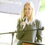6Beds Lobbyist, Roxanne Gould