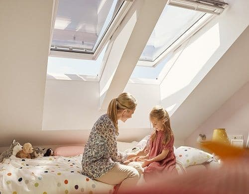 velux ggl 2070 centre pivot roof window white painted