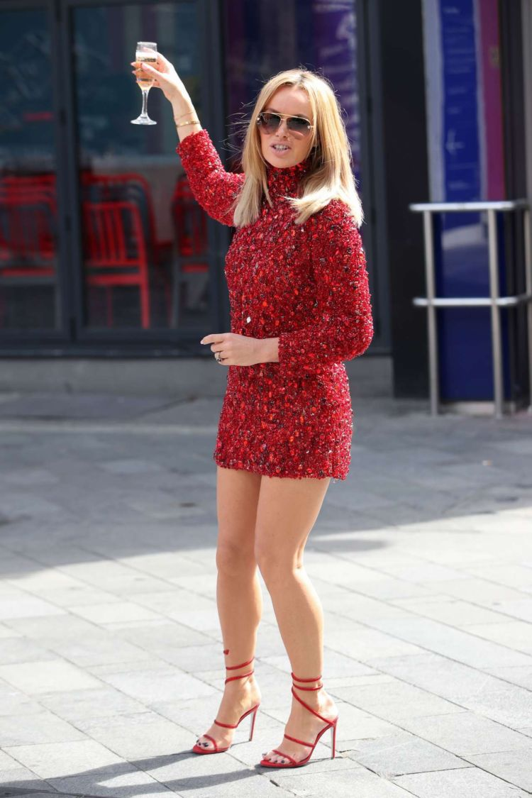 Amanda Holden Spotted At Global House In London