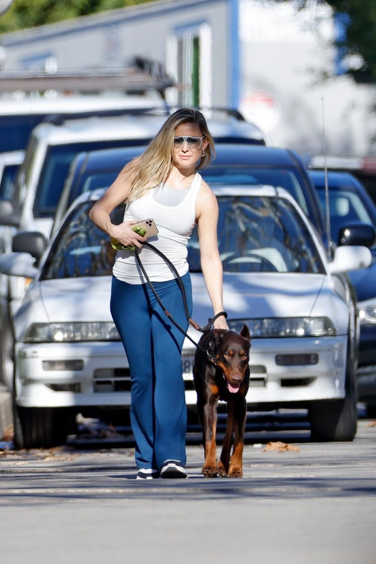 Kate Hudson Spotted Walking Her Dog In Pacific Palisades