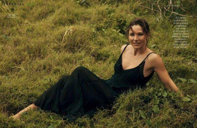 Elsa Pataky Shoots For Elle Magazine Spain's June 2021 Issue