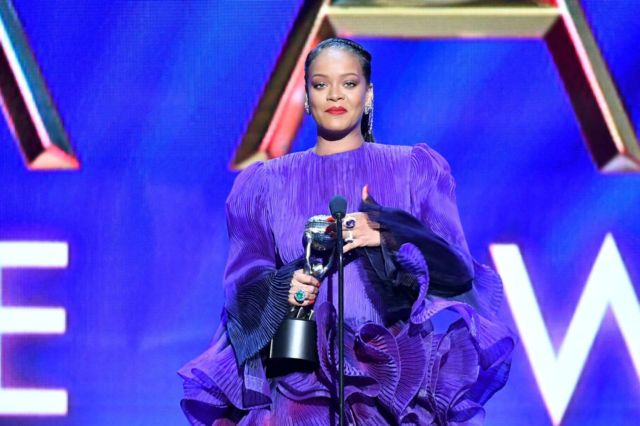 Rihanna In Purple At 51st NAACP Image Awards In Pasadena