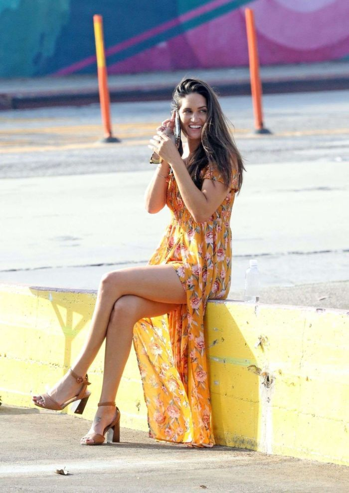 Pretty Jessica Ciencin Henriquez Candids While Talking On The Phone